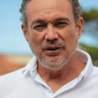 ANDRÉ RESENDE