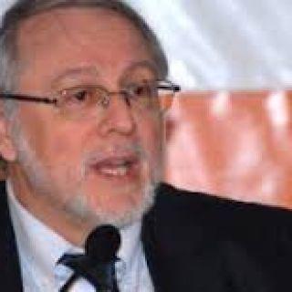 PAULO ROBERTO DE ALMEIDA E ANDRÉ HERÁCLIO DO REGO